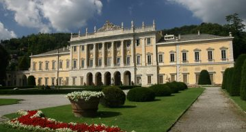 Villa Olmo, Voltiano Tempel und Como-Brunate Standseilbahn
